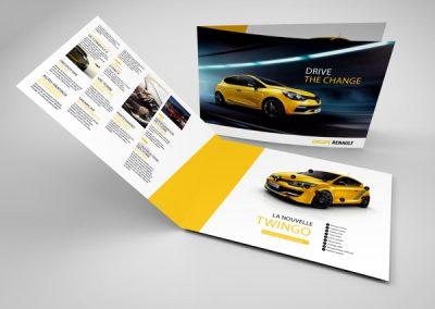"""Renault - Constructeur automobile </br> <a href=""""https://rdigital.be/services"""">Création d'identité visuelle</a>"""